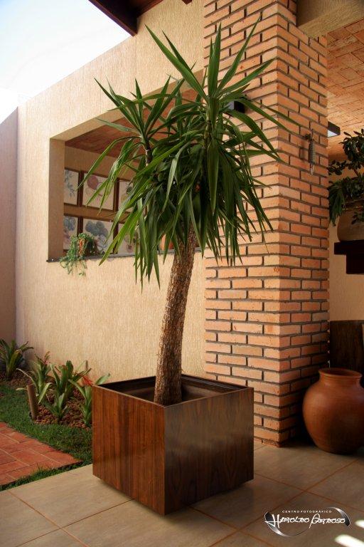 cachepo-de-madeira-para-planta--4687-5622781636.jpg